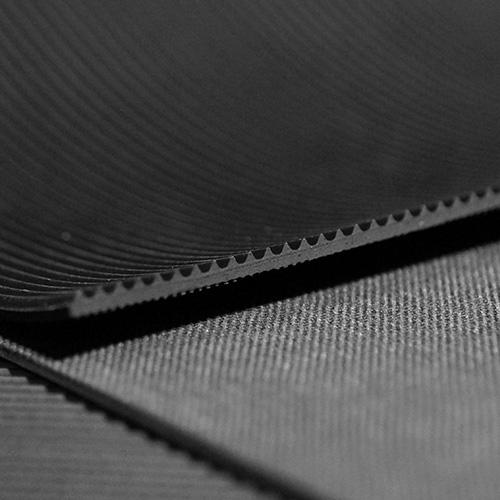 4m-Feinriefenmatte-Gummimatte-1-2m-x-3-33m-schwarz-3mm